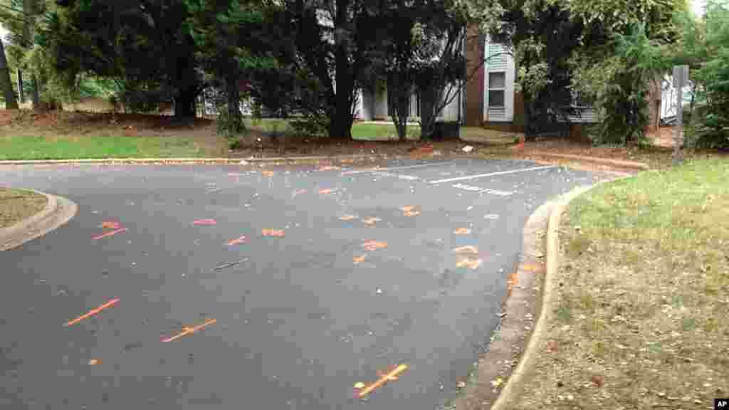 Une image du complexe où Keith Lamont Scott a été abattu par la police mardi, à Charlotte, en Caroline du Nord.