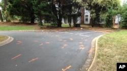 Une enquête a été ouverte dans l'appartement de Keith Lamont Scott, tué par un policier noir, le 21 septembre 2016, à Charlotte en Caroline du Nord.