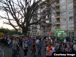 Okupljanje građana kod Starog hrasta, 7.10.2012., Banja Luka (Foto: Inicijativa 'Spasimo Picin park')