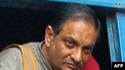 Bác sĩ nhi khoa Binayak Sen đã trải qua mấy chục năm làm việc với những người nghèo nhất tại Đông Ấn