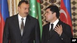 Prezidentlar Ilhom Aliyev, Qurbonguli Berdimuhammedov Ashgabatda ko'rishmoqda, 28-noyabr, 2008-yil.