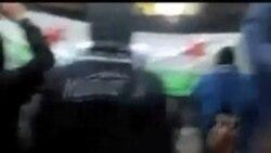 叙利亚继续镇压 难民出逃