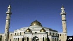 The Islamic Center of America mosque in Dearborn, Michigan (file photo)