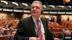 Kristofer Strasser