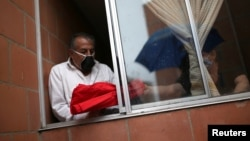 El presidente colombiano Iván Duque ha extendido las medidas de confinamiento obligatorio hasta el 11 de mayo con el motivo de frenar el contagio por coronavirus en todo el territorio.