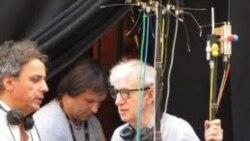 وودی آلن و خنجی در سر صحنه فیلمبرداری