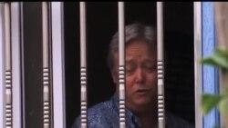 2013-06-27 美國之音視頻新聞: 被扣在懷柔工廠的美國商人獲准離開