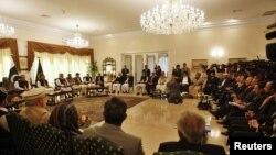 پاکستان کی سیاسی جماعتوں کے رہنماؤں کی نشست (فائل فوٹو)