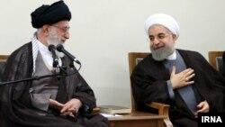 دیدار حسن روحانی و رهبر جمهوری اسلامی در ۲۳ تیر ۱۳۹۴