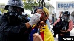 El domingo 23 de julio, los estudiantes se encontraron en la avenida Francisco de Miranda para pedir por los Derechos Humanos de detenidos y presos políticos.