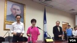 即将离任的台湾国民党主席洪秀柱(美国之音记者申华 拍摄)