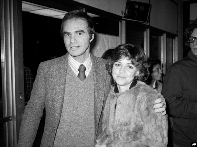 "FILE - Burt Reynolds and Sally Field attend the off-Broadway play ""Buried Child"" in New York, Dec. 23, 1978."