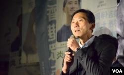 民主派九龍西立法會補選候選人姚松炎。(美國之音湯惠芸攝)