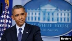 바락 오바마 미국 대통령이 8일 백악관 기자회견에서 연방정부 폐쇄에 관한 입장을 밝히고 있다.