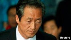 Nhà lập pháp Nam Triều Tiên Chung Mong-joon nói Bắc Triều Tiên hiện nay chẳng khác nào một tay côn đồ trong xóm vừa mới sắm một khẩu súng máy mới tinh