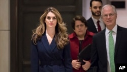 Hope Hicks, Direktè Kominikasyon Mezon Blanch la, Hope Hicks