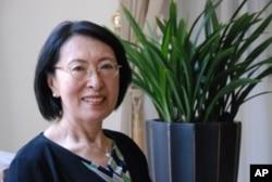 台灣大學政治系榮譽教授張麟徵