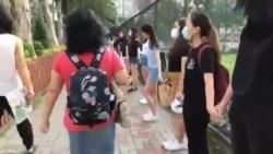 香港多家中學週一發動人鏈示威要求當局回應五大訴求
