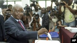 Mozambican President Armando Guebuza, voting elections 2009 (file photo)