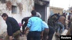 Sedikitnya 60 orang dinyatakan tewas akibat serangan udara pemerintah Suriah di propinsi Hama, saat antri membeli roti, Minggu (23/12).