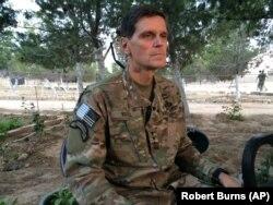 Org. Votel Suriye'de Kürt bölgesine ziyareti sırasında