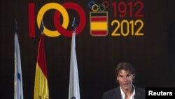 Nadal recibió la semana pasada oficialmente la tarea de ser el abanderado de España en las Olimpiadas, y ahora tendrá que rechazarlo.
