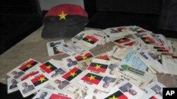 Cartões de militantes do MPLA