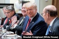 2019年6月12日朗普与波兰总统杜达在白宫举行双边会谈。