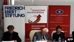 """Fondacija Centar za demokratiju, u saradnji sa Fridrih Ebert fondacijom, organizovala je debatu """"Srbija i Evropska Unija posle 9. decembra"""", Beograd, 12. decembar 2011."""