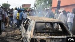 Ledakan bom menarget pasar umum di Maiduguri, 1 Juli 2014 (foto: dok). Dua pembom bunuh diri kembali menarget pasar di ibukota negara bagian Borno ini, Selasa pagi (25/11).