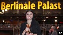 L'actrice iranienne Baran Rasoulof au 70e Festival international du film de Berlin, en Allemagne, le 29 février 2020. (AP/Michael Sohn)