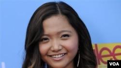 Penyanyi Filipina yang sedang naik daun, Charice, dikenal di AS lewat serial televisi 'Glee.'
