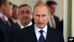 Tổng thống Nga Vladimir Putin cảnh báo Hoa Kỳ chớ đơn phương hành động tại Syria.