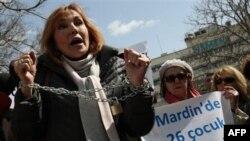 'Türkiye'de Tecavüzcü ve Katiller Yüreklendiriliyor'
