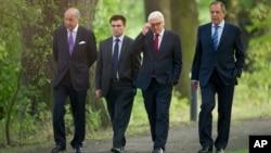 8月17日,法國、德國、俄羅斯和烏克蘭四國外長在柏林舉行會議。