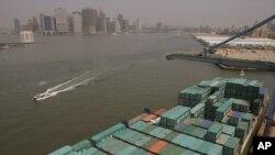 Las exportaciones de EE.UU. a Europa sumaron el año pasado $265 mil millones y las importaciones $381 mil millones.