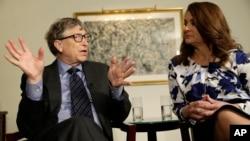 미국 마이크로소프트사 창업주 빌 게이츠(왼쪽)와 부인 멜린다 게이츠. (자료사진)