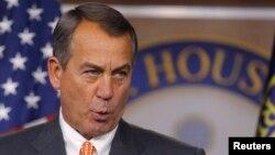 El presidente de la Cámara de Representantes, John Boehner dijo que el tema migratorio se debe tratar y solucionar antes de empezar a discutir sobre el presupuesto.