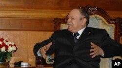 Le président algérien Abdelaziz Bouteflika, 7 janvier 2013.