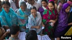 5月12日印度北方的一个投票站