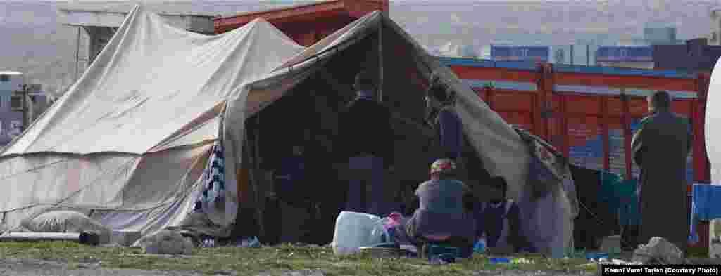 Syrian Dom refugee tent, Karkamış, Turkey