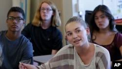 Los CDC citan una declinación en la actividad sexual entre los adolescentes.