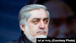 سفر آقای عبدالله پس از حملۀ مرگبار انتحاری در کابل به تعویق می افتد.
