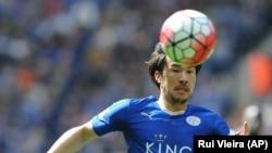 Shinji Okazaki joueur de Leicester lors d'un match de Premier Ligue anglaise.