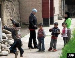 省马集镇的妇女和儿童