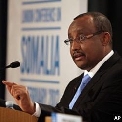 Prime Minister of the Transitional Federal Government of Somalia Abdiweli Mohamed Ali gestures during a press conference at The Foreign and Commonwealth Office in London, FILE February 23, 2012 .