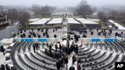 Suasana pelataran Gedung Kongres AS yang akan menjadi pusat acara Inagurasi Presiden Barack Obama untuk masa jabatan keduanya (foto: dok).