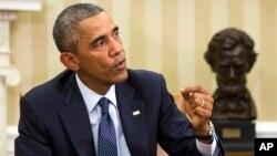"""""""Tenemos que guiarnos por la ciencia, los hechos; no por el miedo"""", dijo Obama."""