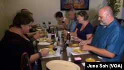 The Alt Eats Tour takes tourists and locals to Indian, Nigerian, Vietnamese and Somali restaurants, among others in Columbus, Ohio.
