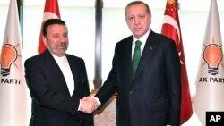 اردوغان و محمد واعظی وزیر سابق ارتباطات و از نزدیکان حسن روحانی